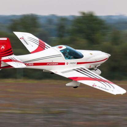 Magnus Aircraft: felavatták a kompozit-üzemet