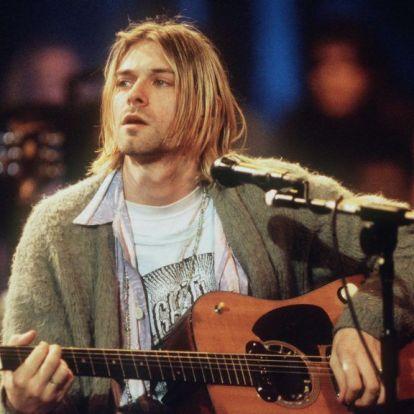 Kurt Cobain kardigánjára és gitárjára lehet licitálni