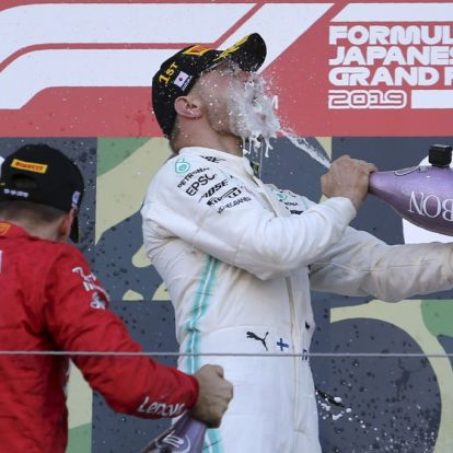 Bottas vant da Mercedes forlenget tittelrekken