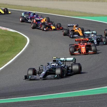 Mindkét vb-t megnyerte a Mercedes Japánban