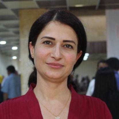 Kirángatták autójából és agyonlőtték az egyik kurd párt női vezetőjét a török erők