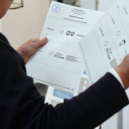 Választás: egy szavazó összetörte a szavazófülkét, egy másik széttépte a szavazólapokat