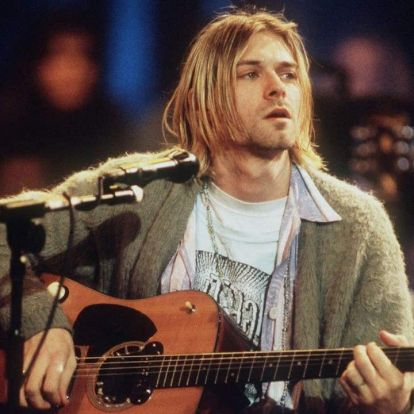 Топ-10 песен из 90-х, которые нужны вам прямо сейчас