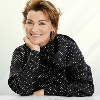 Lorraine Kelly's fashion and beauty secrets: How she's embracing 60