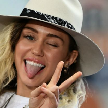 Miley Cyrus Insta-videóira nincsenek szavak