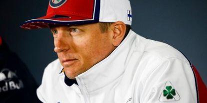 """Räikkönen odatette: """"világrekord sebességgel"""" gratulált Hamiltonnak (videó)"""