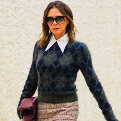 Victoria Beckham otkriva kako kombinirati džemper sa tvid suknjom