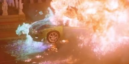 Videó: Így robbantották fel Paul Walker Mitsubishijét a Halálos Iramban első részében