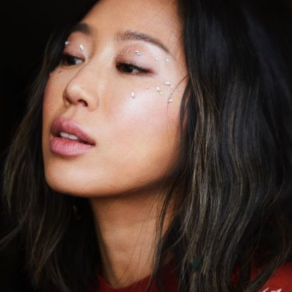 Holiday Beauty Looks For Every Vibe