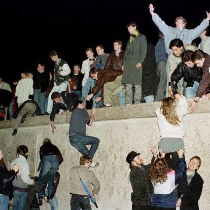 10 fontos tény a pontosan 30 éve ledőlt berlini falról