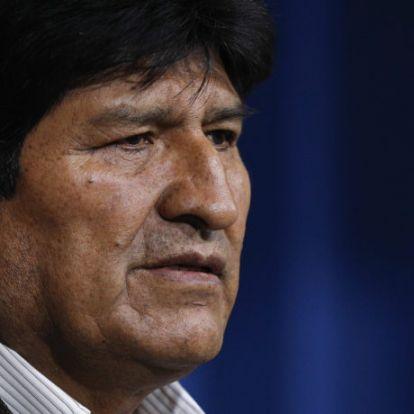A bolíviai elnök elhagyta a süllyedő hajót
