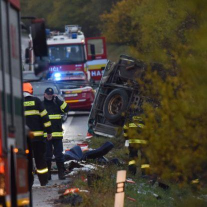 Újabb szívszorító részletek a szlovákiai buszbalesetről