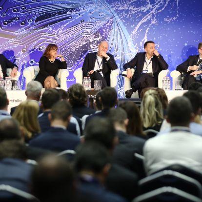 Egyenlő játékszabályokat követelnek a magyar bankok vezetői