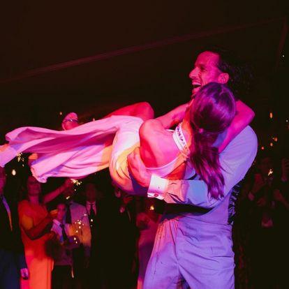 Sandra Gago comparte una imagen inédita de su boda y Feliciano reacciona con una romántica propuesta