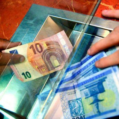 334,77 forinton az euró