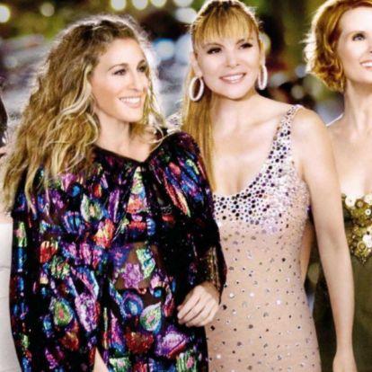 Rachel Green, Carrie Bradshaw... Esta Navidad toca vestirse como un personaje de serie (de los 2000)