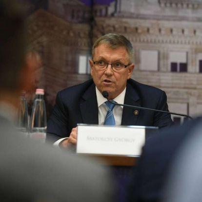 Matolcsy szerint meg kell reformálni az Európai Uniót és az eurót