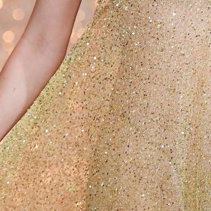 Az orosz divattervezőnő, akiért Hollywoodban is rajonganak