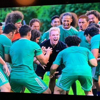 Next Goal Wins: Megérkezett az első kép Taika Waititi focis filmjéből