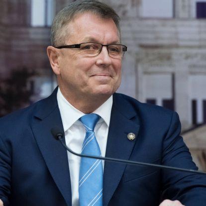 Matolcsy György: új hatalmi egyensúly alakul ki