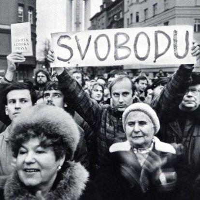 Az erőszakos elnyomás hozta el a csehszlovák kommunista rendszer végét