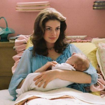 Titokban megszületett Anne Hathaway második gyereke