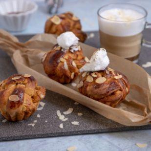 Péksuli extra: Karamellás-tojáshabos sütemény kávé mellé