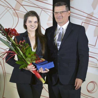 Keszthelyi Vivien lett az év női autóversenyzője