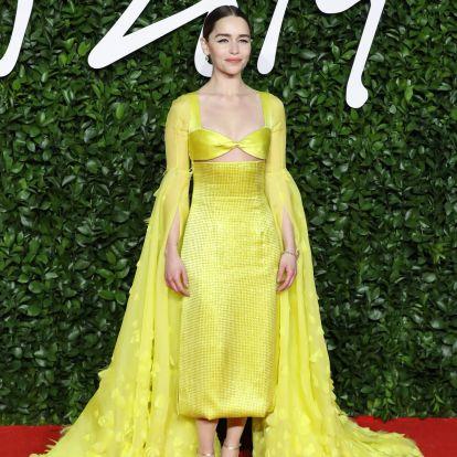 La razón por la que Emilia Clarke dejará de hacerse fotos con sus fans