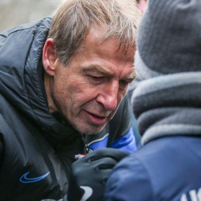 Csapatnyi játékostól, köztük Dárdai Palkótól válna meg Klinsmann