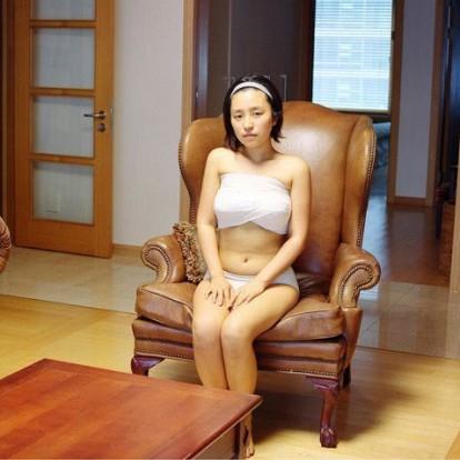 Megdöbbentő fotók: így lábadoznak a nők a plasztikai műtétek után