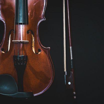 Teltházas koncertet adott Mága Zoltán hegedűművész