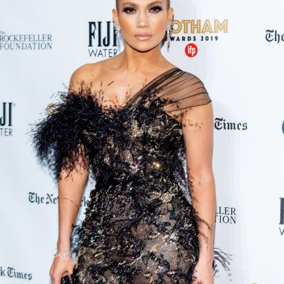 J.Lo's Pink Eyeshadow At The Palm Springs International Film Festival Film Awards Gala Is Surprisingly Wearable