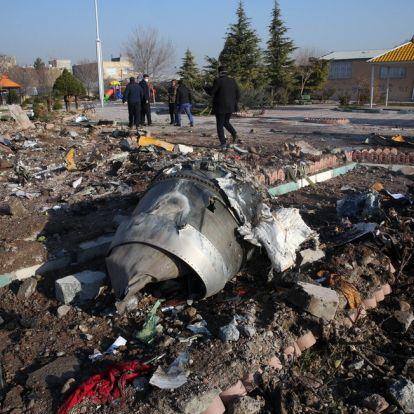 Motorhiba miatt zuhanhatott le az ukrán repülőgép