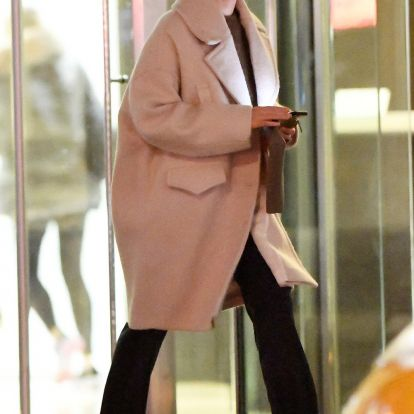 Jennifer Lawrence Just Stepped Out in Spring's New It Shoe
