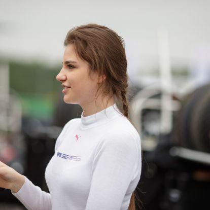 WRC-futamgyőztessel hangolódott 2020-ra (is) Keszthelyi Vivien