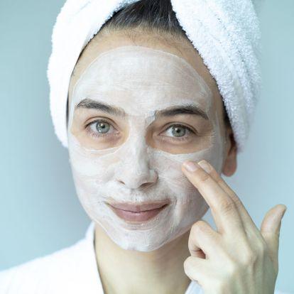 Házi csodamaszk érzékeny bőrre: pirosság és húzódás ellen