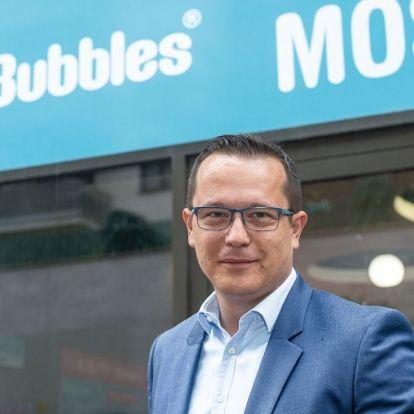 Húsz egysége lehet év végére Prágában a magyar önkiszolgáló mosodahálózatnak