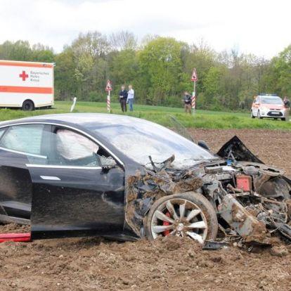 Félmillió Tesla lehet életveszélyes