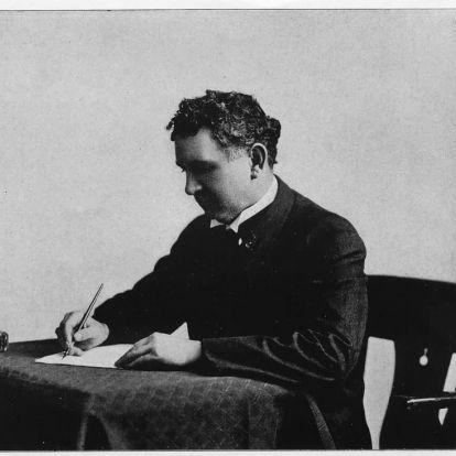 A gyöngybetűk formázásának ráérős gyönyörűsége egy rohanó világ közepén – 10+1 kalligráfus Louis Madarasz születésnapjára