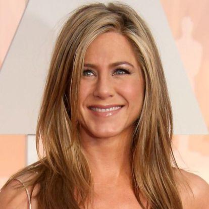 Jennifer Aniston legjobb vörös szőnyeges pillanatai | Elle magazin