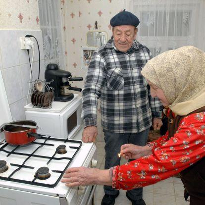 Egyre több pénz hiányzik a nyugdíjakból