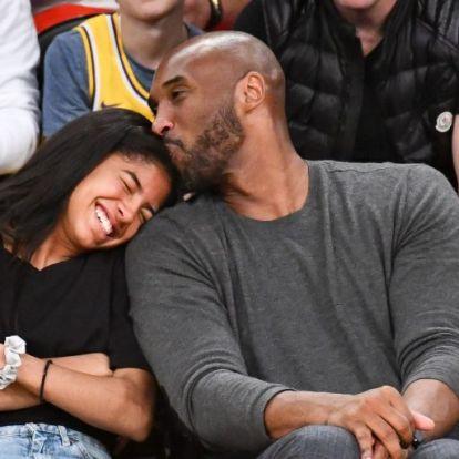 Így tisztelegnek a sztárok Kobe Bryant emléke előtt | Elle magazin