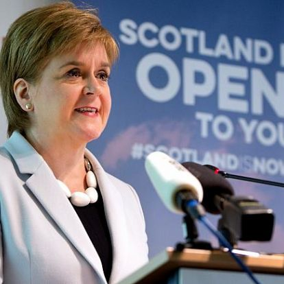 Skóciát akarata ellenére vezetik ki az unióból