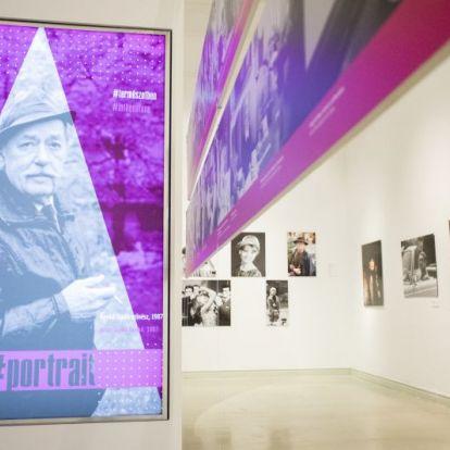 Mácsai Pál tárlatvezetéseKeleti Éva kiállításán, 2020. február 8. Műcsarnok