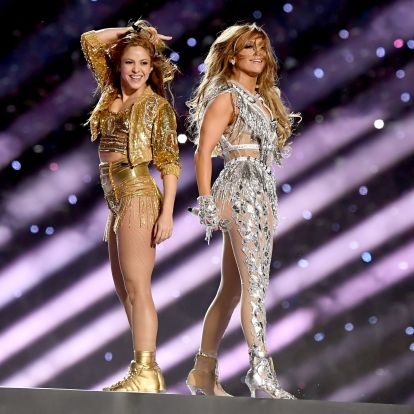 Jennifer Lopez, Shakira és az egyik énekesnő lánya felrobbantotta a Super Bowl szünetét