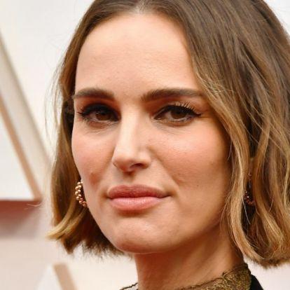 Natalie Portman ruhájával tiltakozott a vörös szőnyegen az Oscar-gála döntése ellen