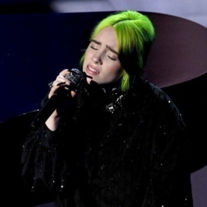 Így énekelt Beatlest Billie Eilish az Oscar-átadón