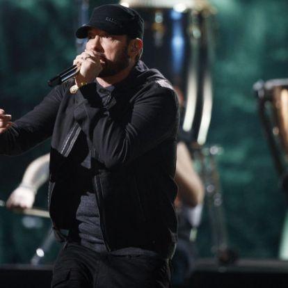 Eminem koncertjén meglepett tekintettel ültek a sztárok: röpke 18 évet késett a rapper