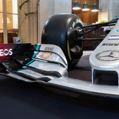 F1: Két pilótával pótolja Ocont a Mercedes